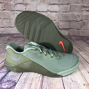 NIKE Metcon 5 Hyper Jade Green Cross training shoe